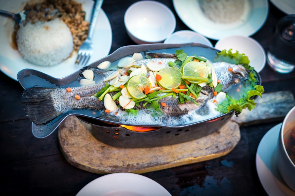 pesce al forno: ricetta sana ed equilibrata